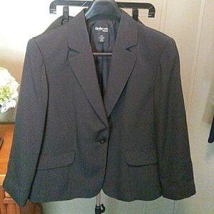 Black/ white suit